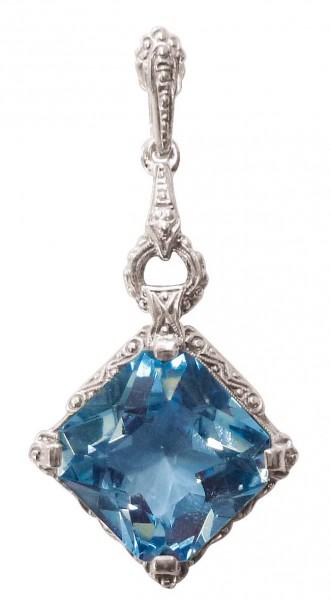 Silberanhänger. Traumhafter Anhänger aus echtem Silber 835/-, besetzt mit einem funkelnden synthetischen Blautopas im exklusiven Design. Ein edles Einzelstück, für den erlesenen Geschmack zu einem unglaublichen, reduzierten Preis in feiner Juweliersqualit