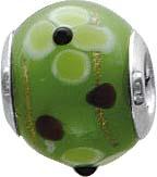 Floraler Anhänger-Bead aus echtem Silber Sterlingsilber 925/- und grünem und hellrotem Muranoglas mit Blütenmotiv, der Durchmesser des Anhängers beträgt ca 18mm  und er ist geeignet für Ketten bis zu einer Stärke von 4mm. Schauen Sie sich dieses süße Mitb